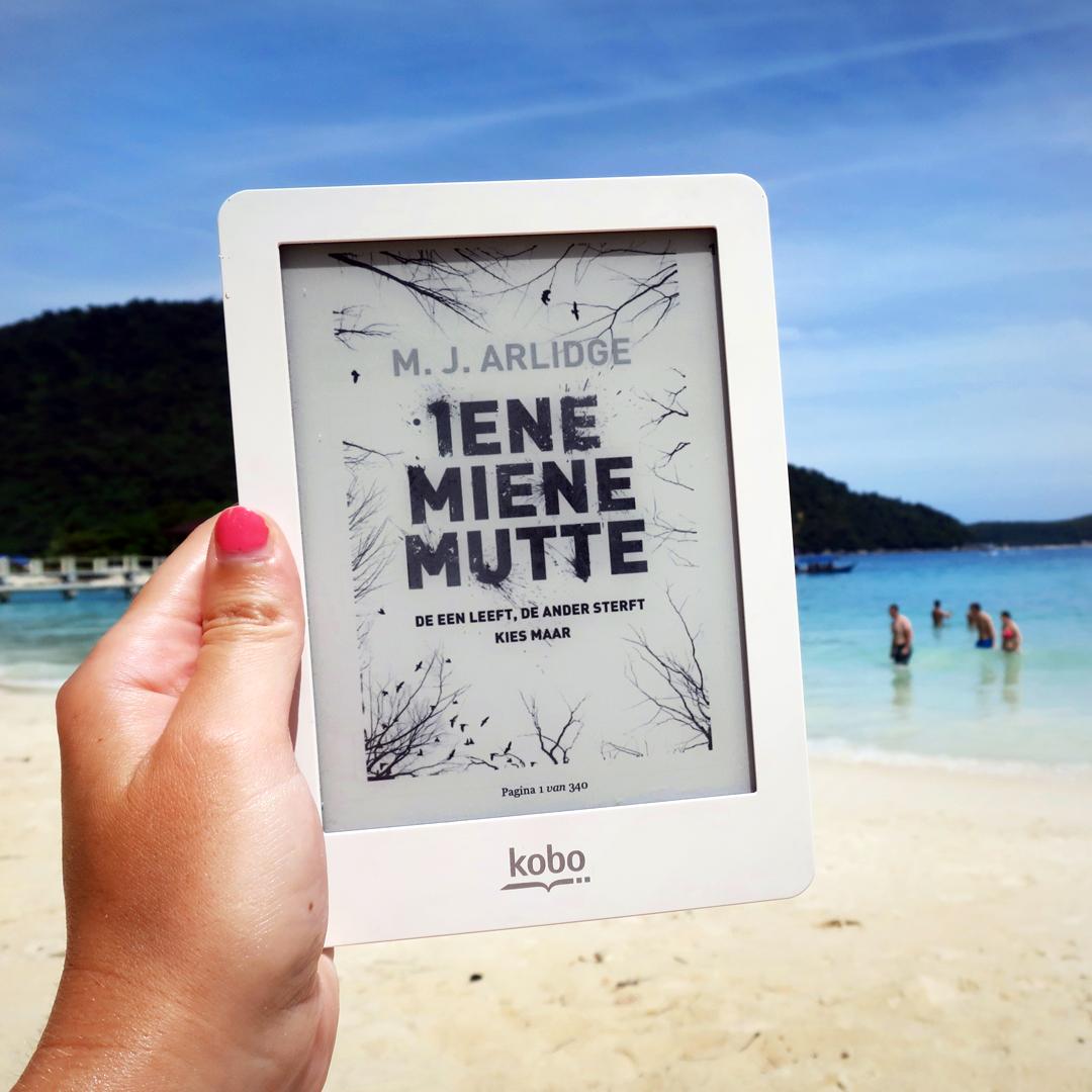 Boekrecensie: M.J. Arlidge - Iene Miene Mutte
