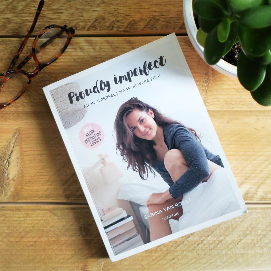 Boekrecensie: Sabina van Roest - Proudly imperfect