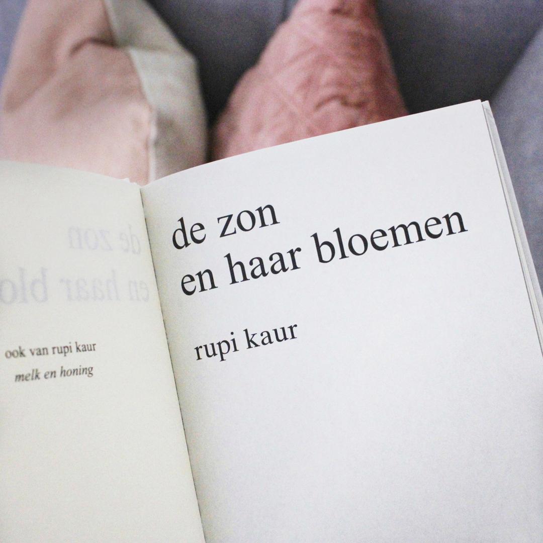 Boekrecensie: Rupi Kaur - De zon en haar bloemen