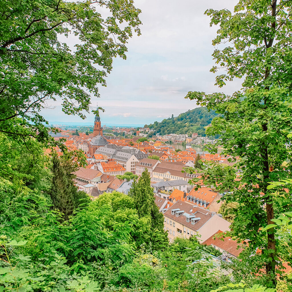 Prachtig uitzicht vanaf het kasteel in Heidelberg