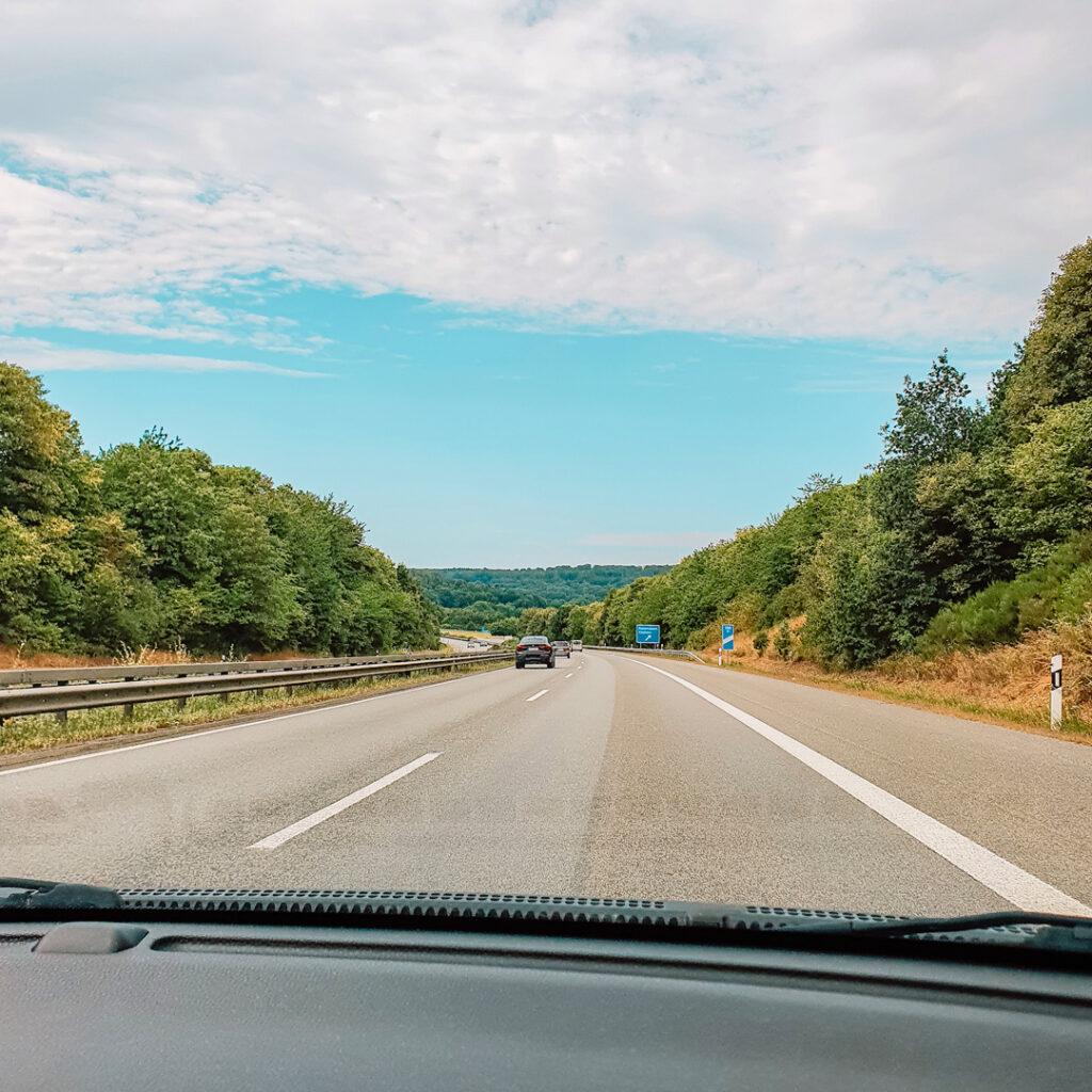 Met de auto onderweg naar Duitsland