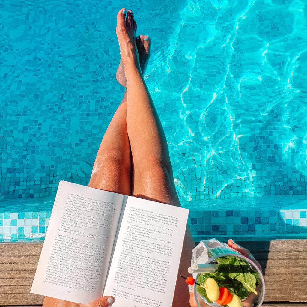 Stephen King - Cujo lezen aan het zwembad